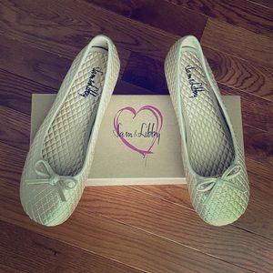 Sam & Libby Gold Ballet Flats - Size 8.5